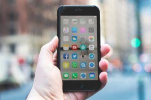 ネイティブと1タップで英語が話せるアプリを3つ厳選!