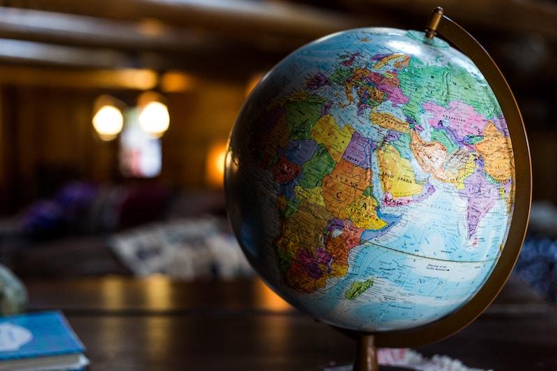海外移住はどうやればいい?海外移住の方法とその仕事について