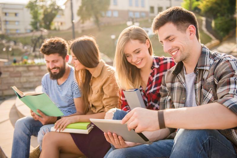 【必読】大学生は絶対に英語を勉強した方がいい理由